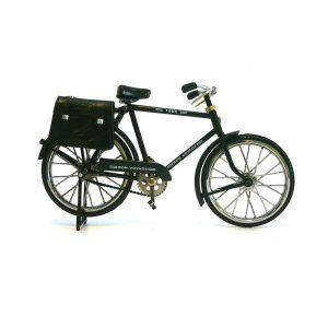 fiets-met-zwarte-tas-fiets005.jpg